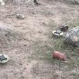 散乱する地雷